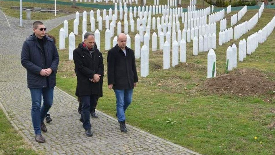 <p><span>He visited the sacral and memorial components of the Memorial Center. The delegation also included Suzana Krčmar, president of the Kali Sara Roma Association of Croatia. At the end of the visit, they spoke with the director of the Srebrenica-Potocari Memorial Center, Emir Suljagic, about possible ways to cooperate in the future.</span></p>